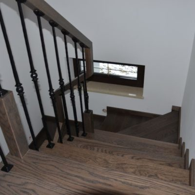 schody-drewaniane-stolarnia-krakow-woma-1