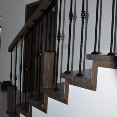 schody-drewaniane-stolarnia-krakow-woma-3