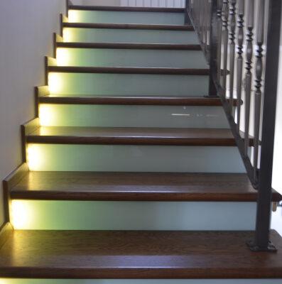 schody-drewaniane-stolarnia-krakow-woma-30