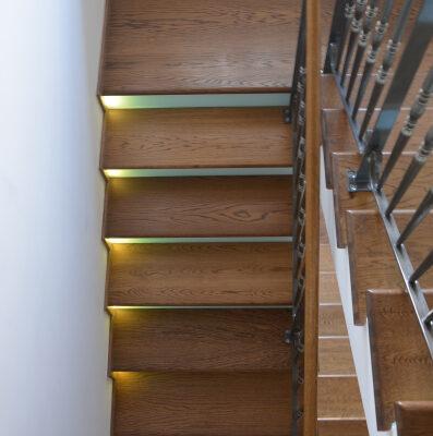 schody-drewaniane-stolarnia-krakow-woma-32