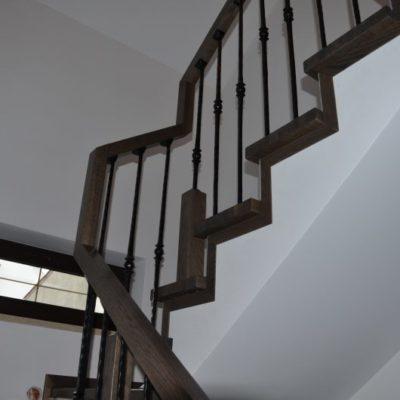schody-drewaniane-stolarnia-krakow-woma-4