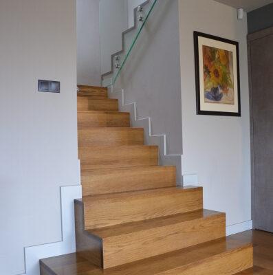 schody-dywanowe-krakow-stolarnia-woma-13