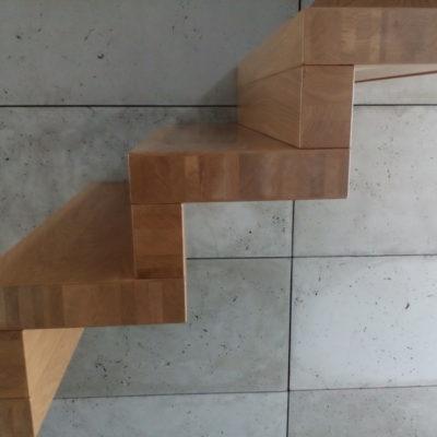 schody-dywanowe-krakow-stolarnia-woma-5