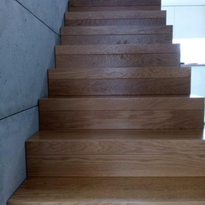 schody-dywanowe-krakow-stolarnia-woma-6