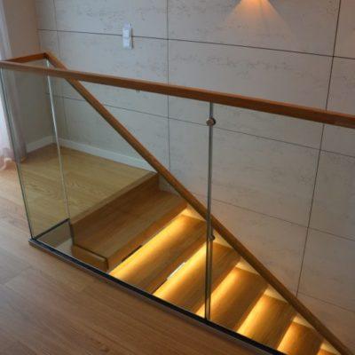 schody-polkowe-stolarnia-krakow-woma-2