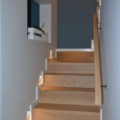 schody-dywanowe-debowe-stolarnia-woma-krakow-8.